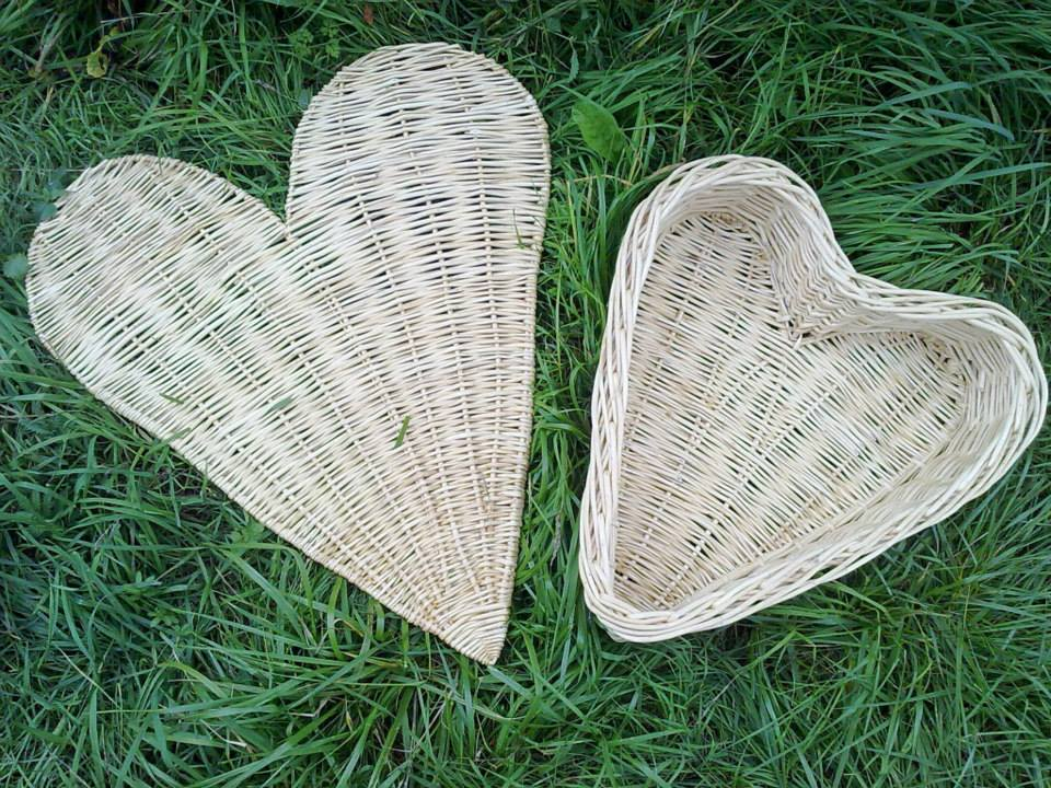 Wyldwood Willow Heart Basket