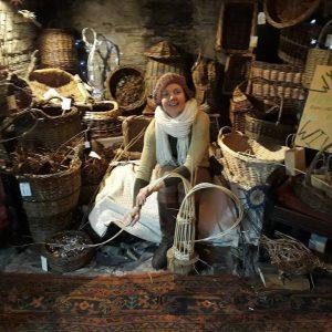 Amanda Rayner Wicker Weaving Demonstration